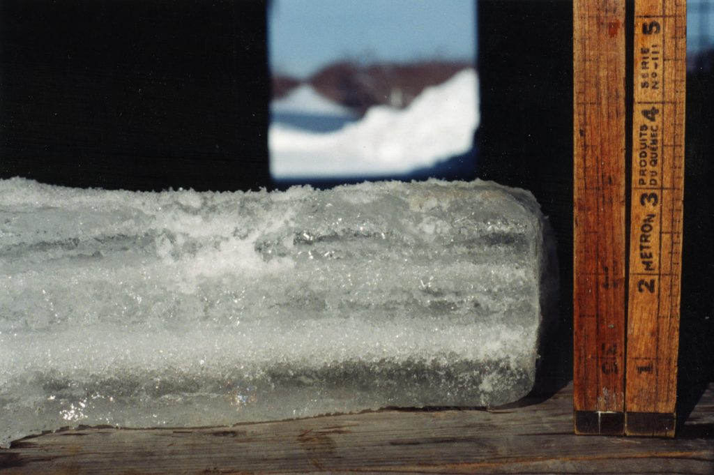 This citizen measured the accumulation of ice. It was at 3