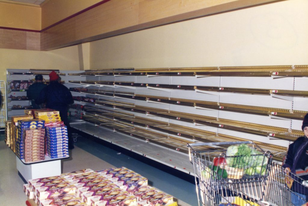 The shelves of bread were empty in the grocery stores during the crisis.