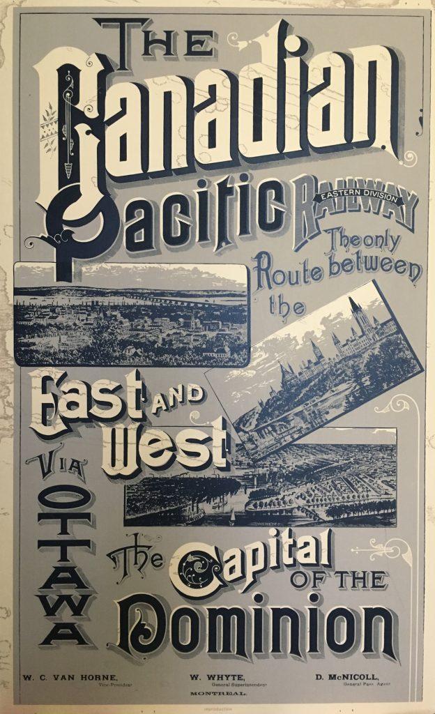 Affiche en noir et blanc faisant la promotion en gros caractères du chemin de fer du Canadien Pacifique sur laquelle apparaissent trois photographies de la capitale d'Ottawa.