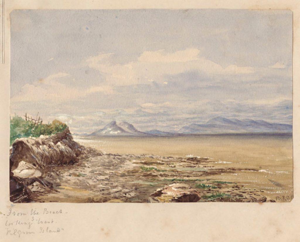Aquarelle dépeignant les affleurements rocheux en bordure du fleuve, de douces vagues se brisant sur la berge, avec en toile de fond des collines et des îles dominant à l'horizon sous un ciel semi-nuageux.