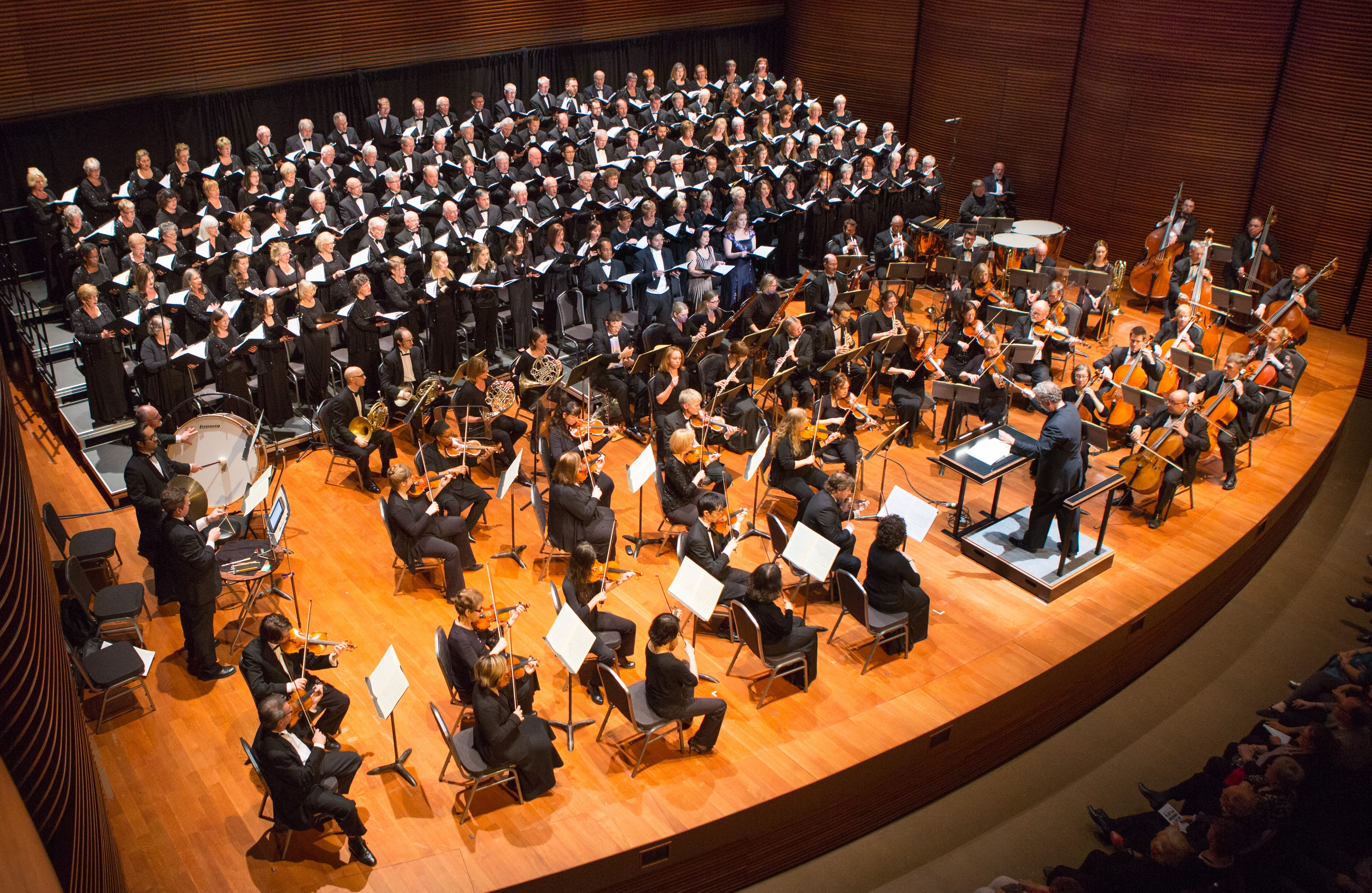 Chorus Niagara onstage with Niagara Symphony Orchestra