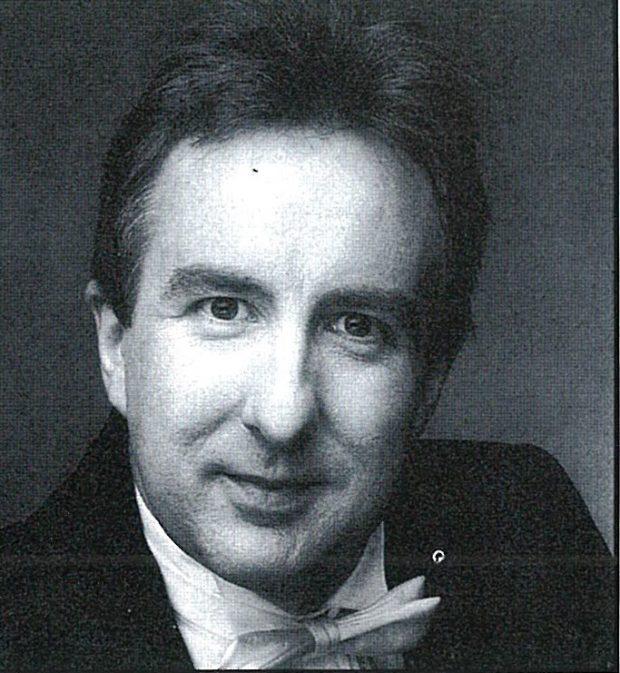 Headshot of Michael Reason
