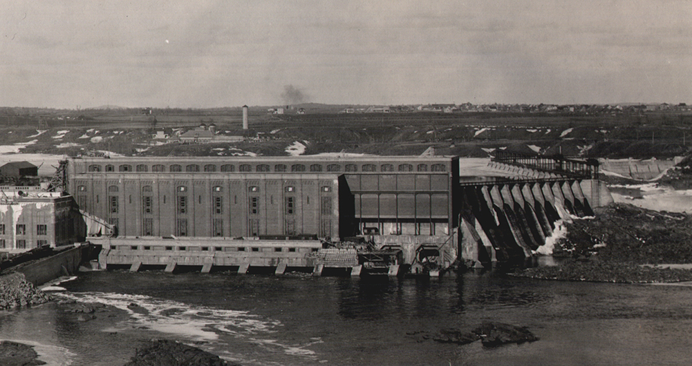 View of the Grand-Mère hydro-electric power plant.