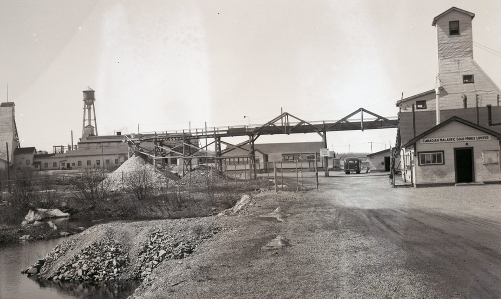 Old picture of the Canadian Malartic mine