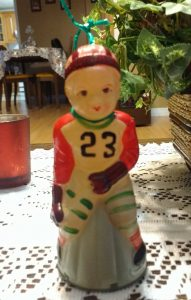 A wind up toy Hockey player that is more than 70 years old