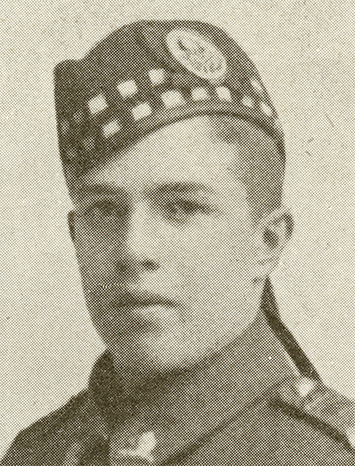 Portrait of a soldier. He wears a wedge hat with badge, highlander motif and ribbons at the back.