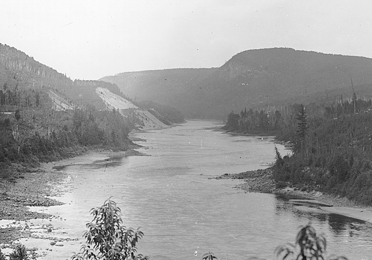 The Saint-Maurice River flows through the rugged terrain of the Canadian Shield.